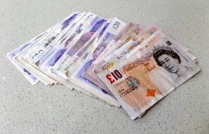 Dlaczego korzystamy z kredytów bankowych ?