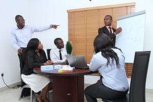 Kredyty inwestycyjne dla małych i średnich firm